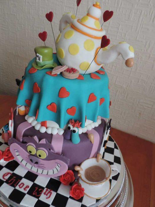 alicia en el pais de las maravillas pastel torta