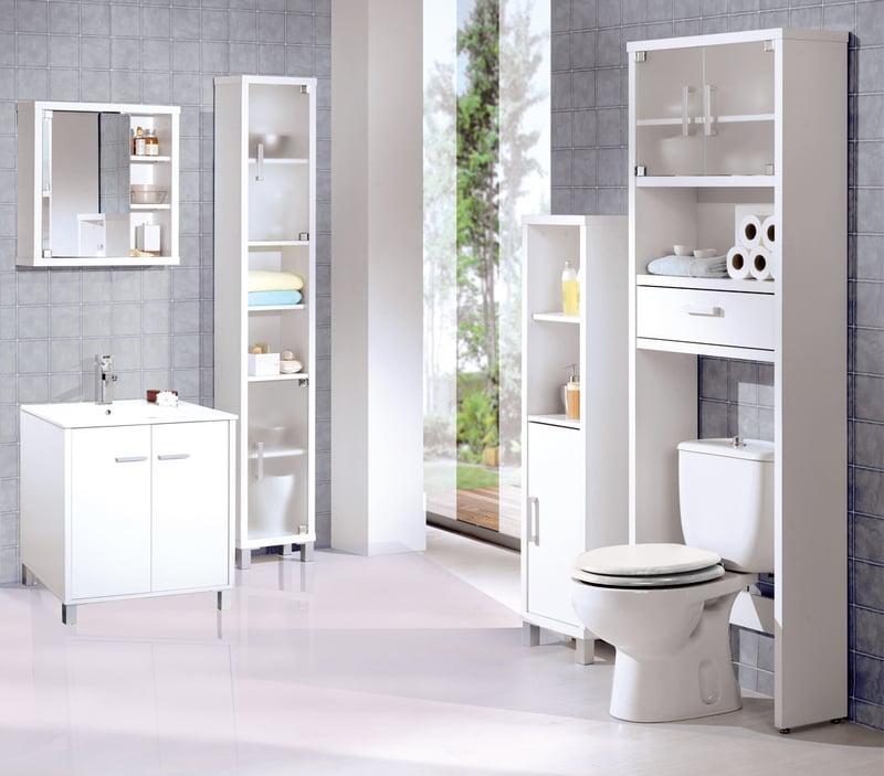 Inodoro Baño Pequeno:13 Coloca en tu mueble de baño una puerta angosta para artículos