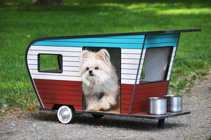 Remolque como casa de perro