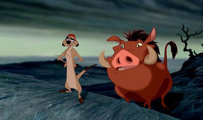 suricata y jabalí que aparecen en la película del rey león