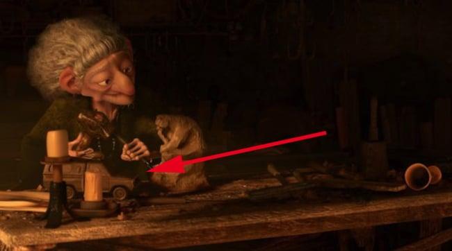 viejita que aparece en una película de Disney