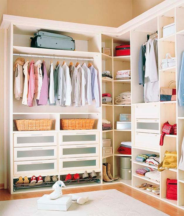 Tips que te servir n para organizar tu armario y cajones for Distribucion de armarios empotrados por dentro