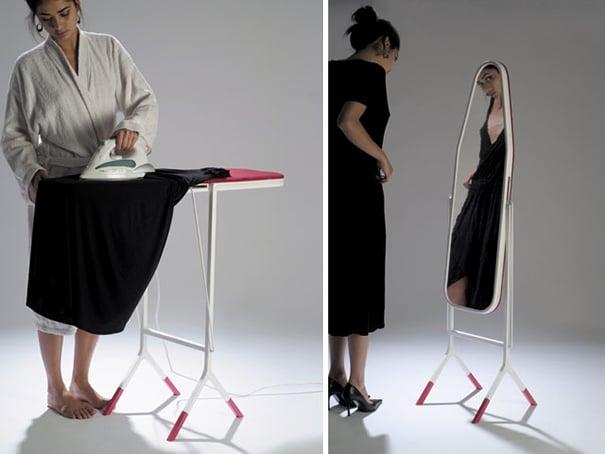 mujer planchando un vestido en una tabla de planchar y después mirándose en el espejo