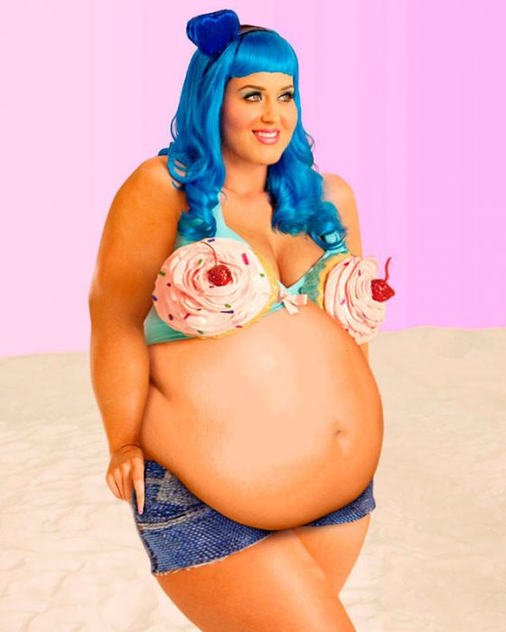 Katy perry fat on top and shorts with blue hair