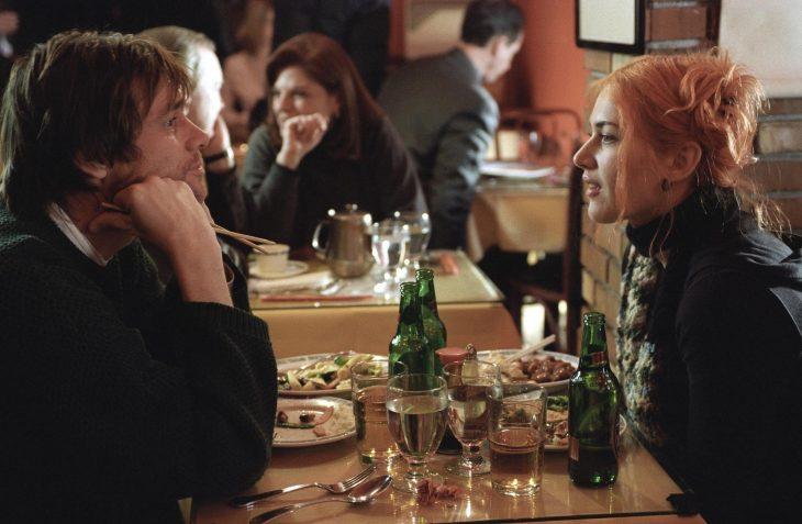 Escena de la película Eterno Resplandor de una mente sin recuerdos