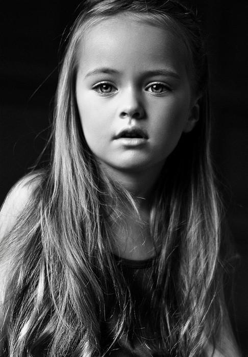 Kristina Pimenova , la niña mas hermosa del mundo de más pequeña