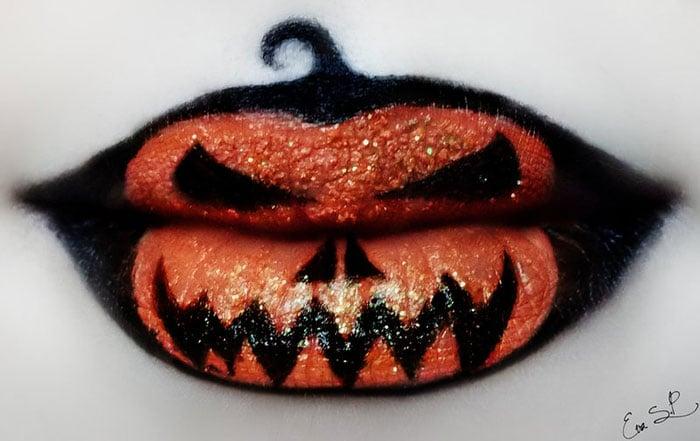 labios pintados en forma de calabaza de halloween
