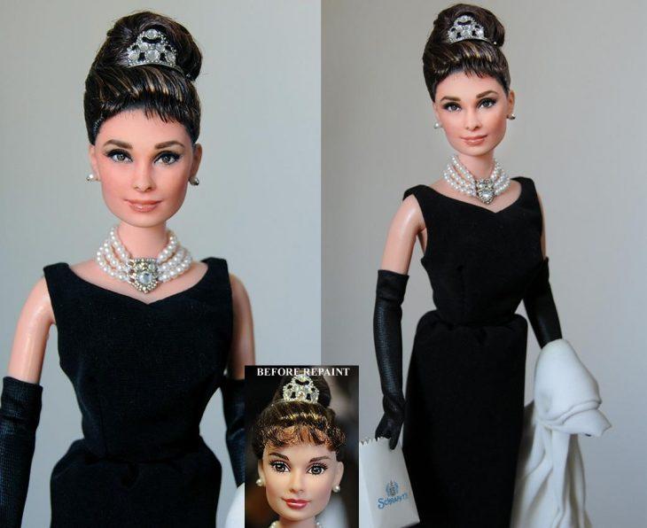 muñecas de Audrey Hepburn usando un vestido negro y perlas en el cuello