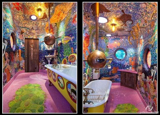baño dibujado como la portada del disco yellow submarine de the beatles