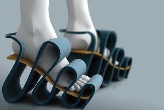zapatos corrugados en la parte del frente