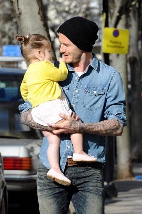 David Beckham y su pequeña hija