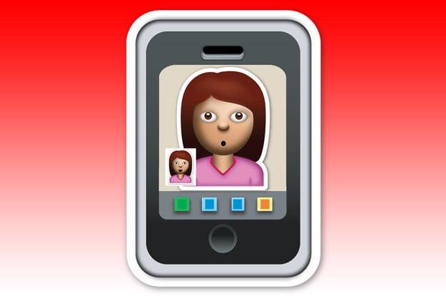 emoji de muñeca rosa en un celular