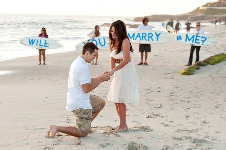 pedida de matrimonio en la playa