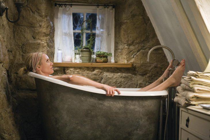 Camerón Díaz en una bañera