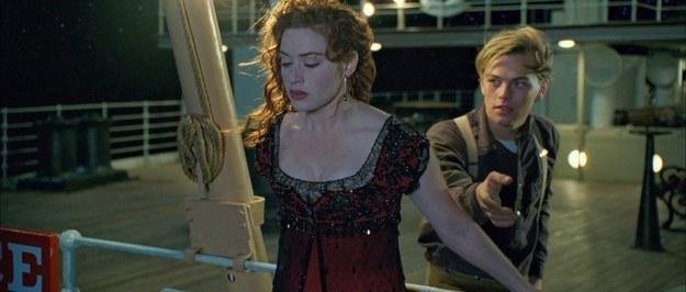 Escena de la película titanic donde Jack intenta salvar a rose