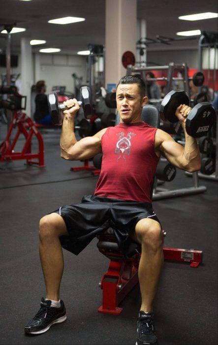 Escena en el gym de la película don jon