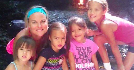 Esta mujer ADOPTA a las cuatro hijas de su mejor amiga después de que muriera de CÁNCER