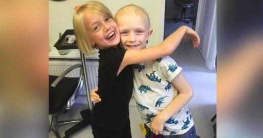 Esta niña CORTO su largo y rubio cabello para ayudar a su novio a COMBATIR el cáncer