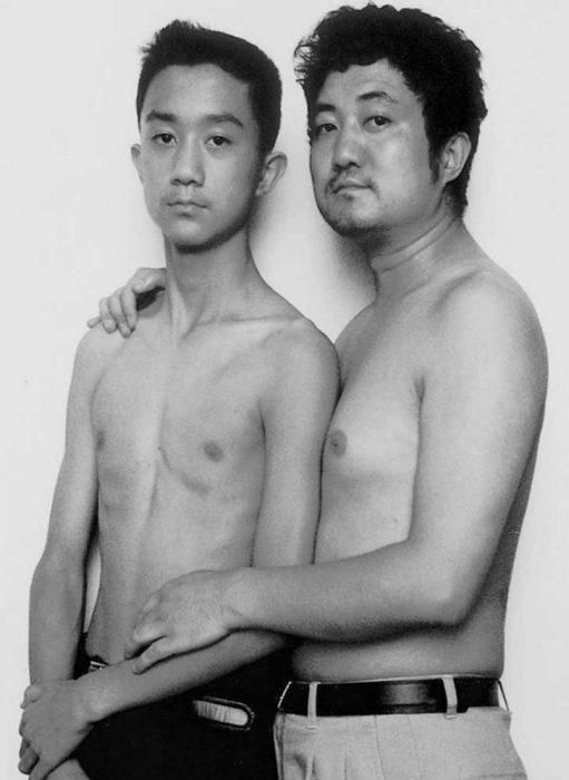 Padre e hijo misma foto 29 años (14)