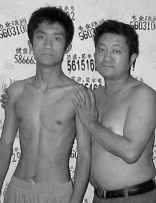 Padre e hijo misma foto 29 años (18)
