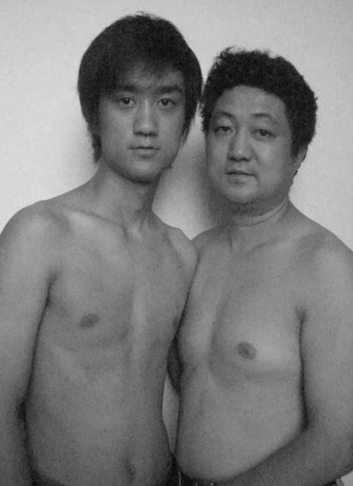 Padre e hijo misma foto 29 años (20)