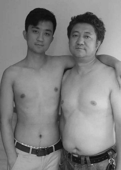 Padre e hijo misma foto 29 años (27)