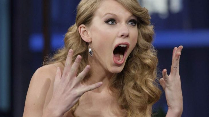 Taylor Swift gritando
