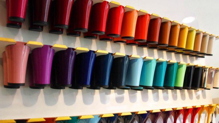 tacones de diferentes colores intercambiables