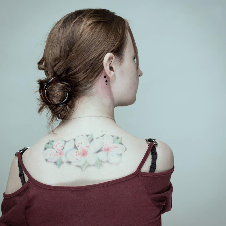 El Significado Detrás Del Tatuaje De Punto Y Coma