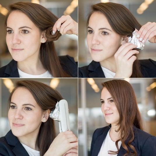 mujer enredando un trozo de cabello y colocando papel aluminio para después calentarlo con una plancha