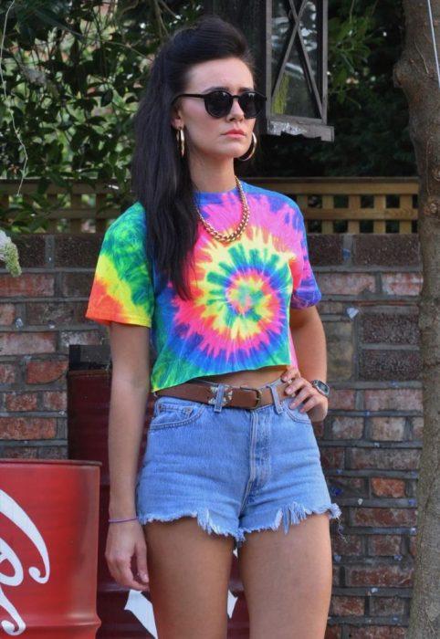 playera chica dye desteñida hippie 90s
