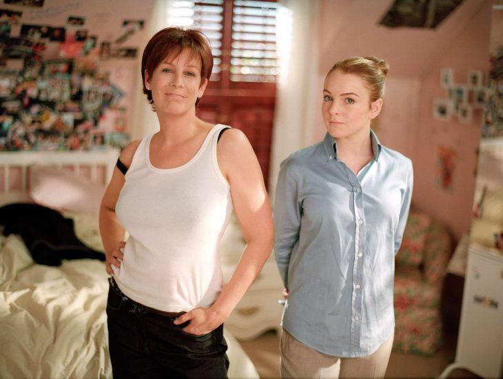 Escena de la película un viernes de locos madre junto su hija