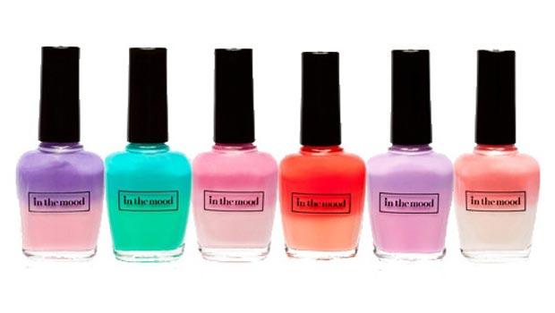 Distintos esmaltes de colores