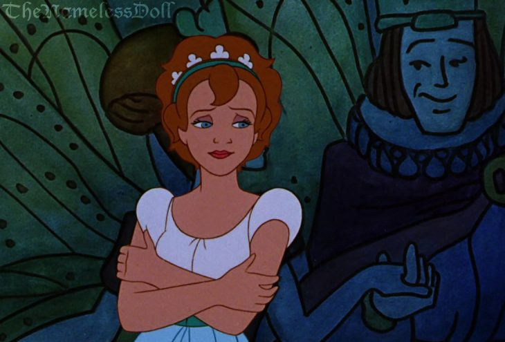 Thumbelina de la película pulgarcita con el cabello corto