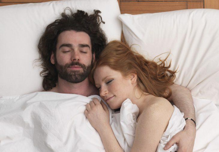 Sorprendernos amaneciendo juntos
