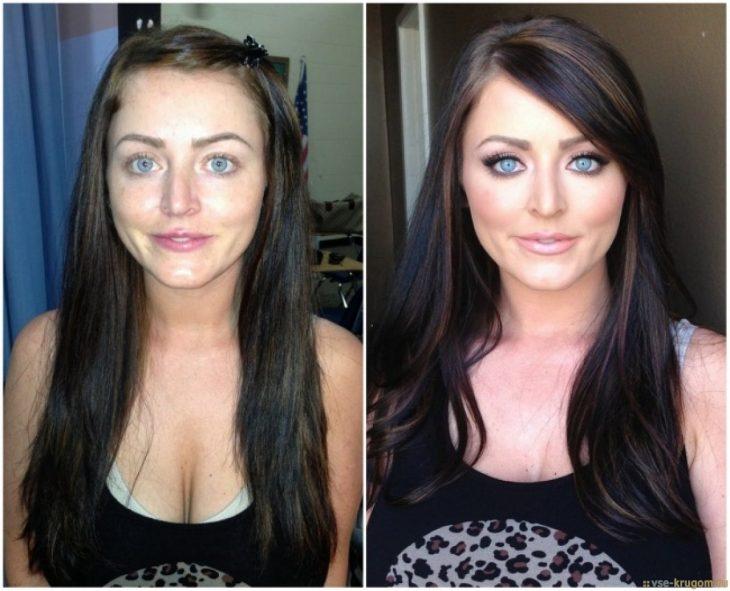 Chica de cabello negro mostrando el antes y después del maquillaje en su rostro