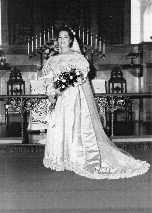 Virginia Kearns novena novia vestido 120 años