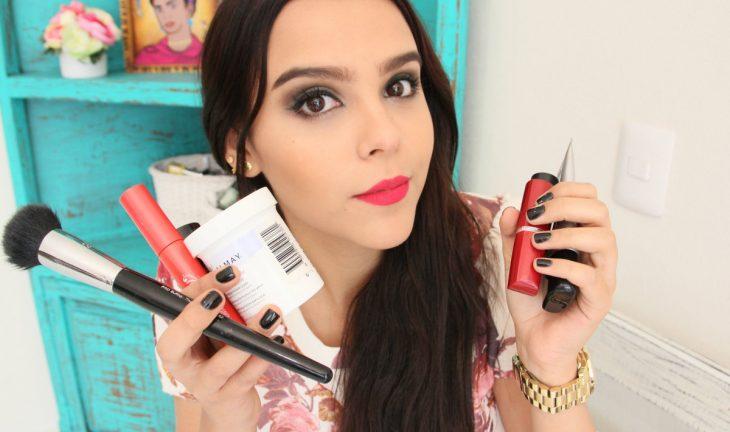 """realizadora de videos en youtube de maquillaje """"Yuya"""""""
