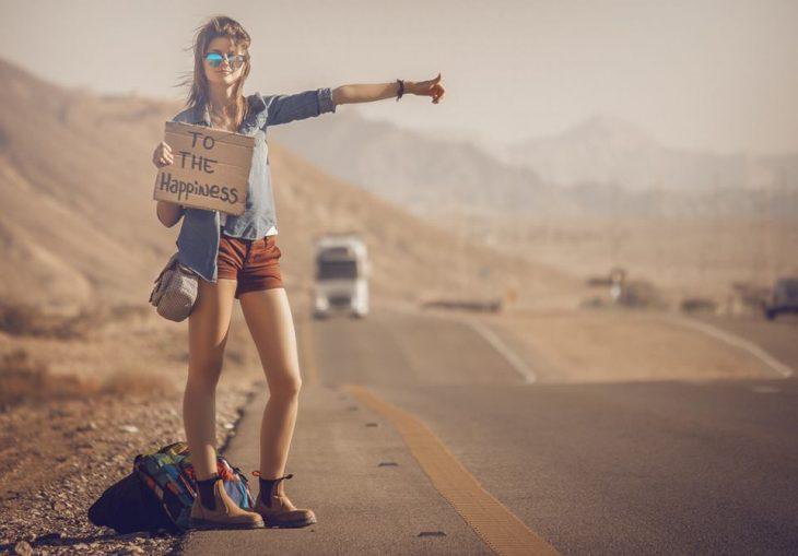 Chica rumbo a la felicidad