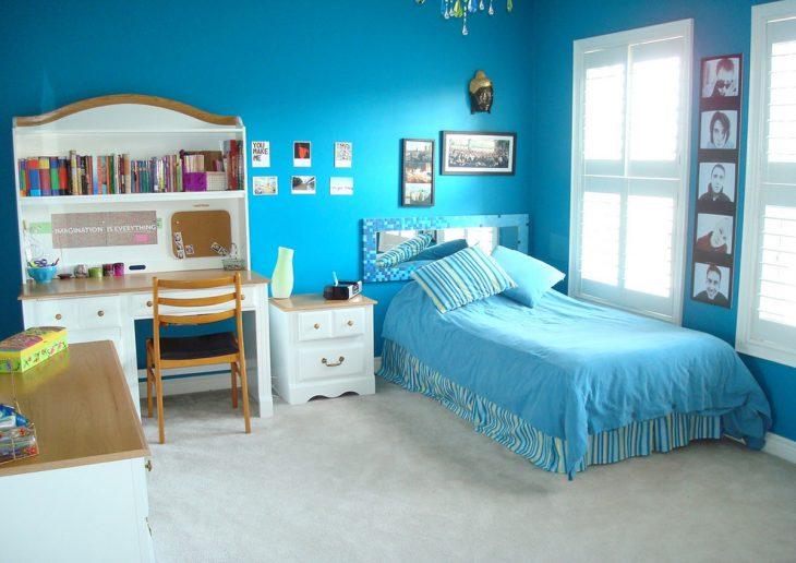 Habitación color azul turquesa