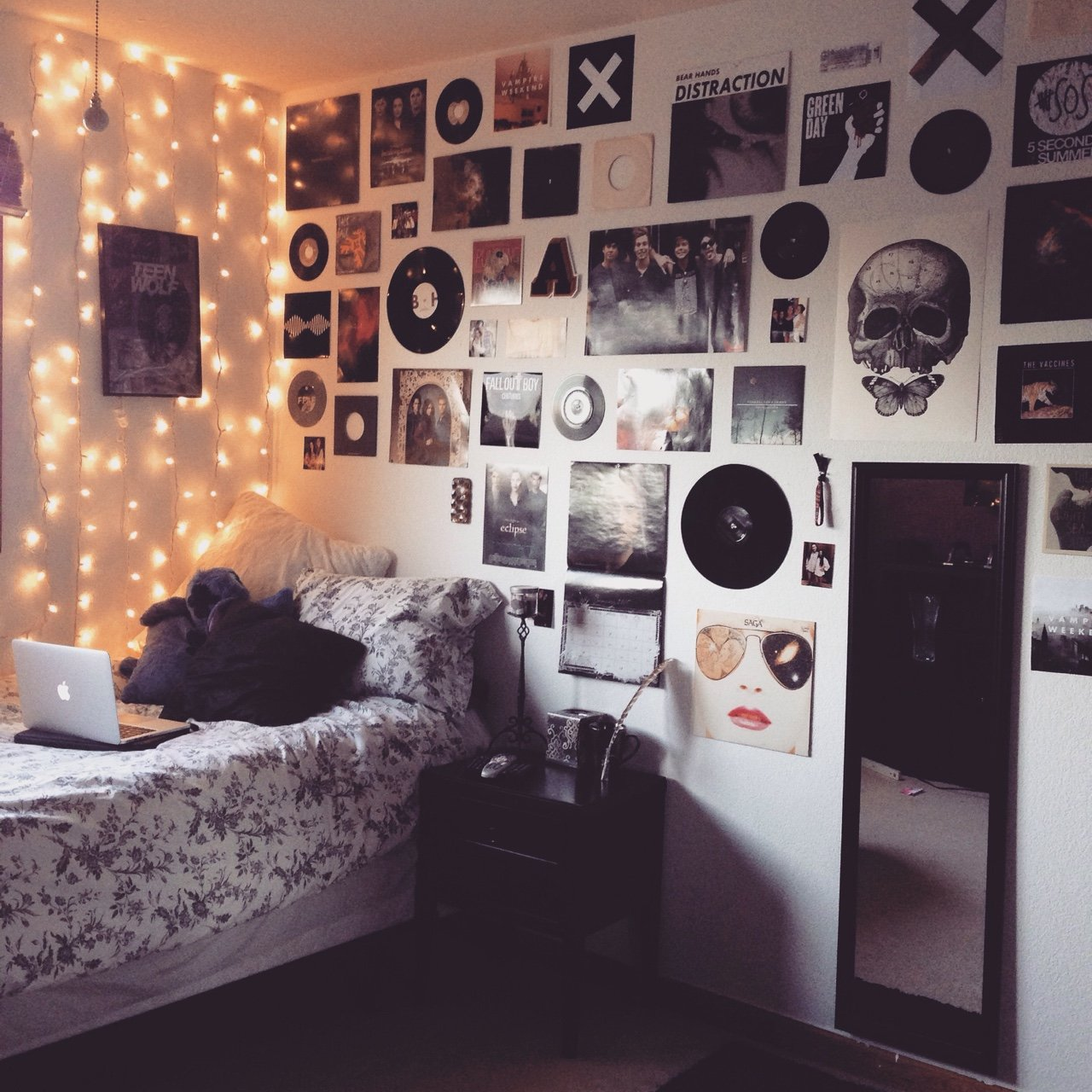 Decorating Ideas > 25 Diseños Que Harán Inspirarte Para Decorar Tu Habitación ~ 165426_Edgy Dorm Room Ideas