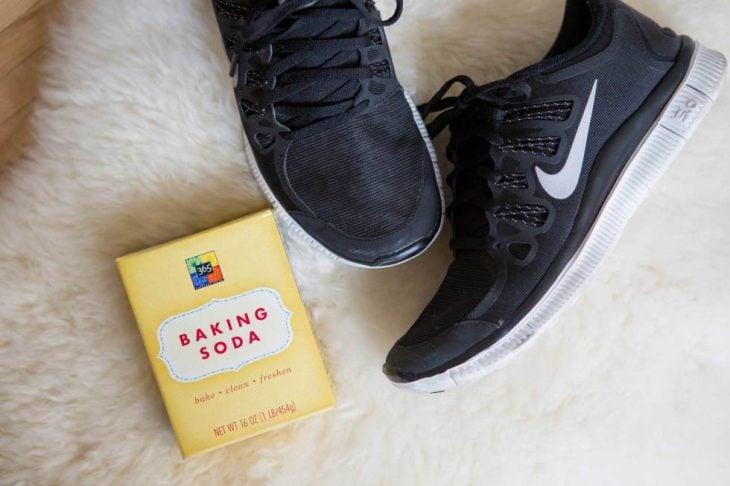eliminar olores de los zapatos deportviso