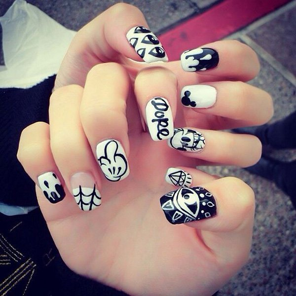 40 Increíbles diseños en blanco y negro para pintar tus uñas