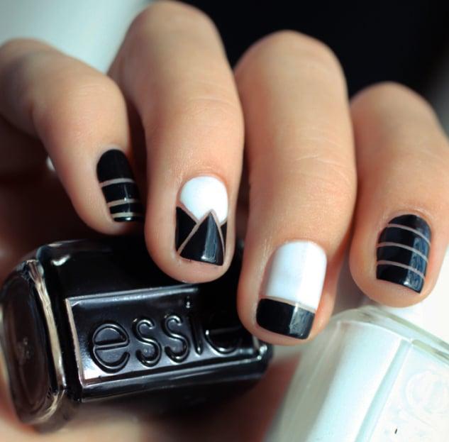 Uñas a blanco y negro con lineas transparentes