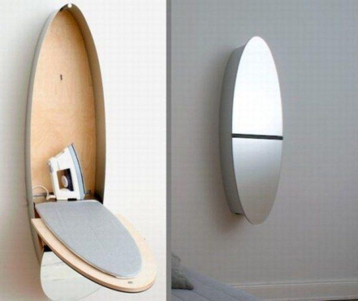 espejo y mesa de planchar