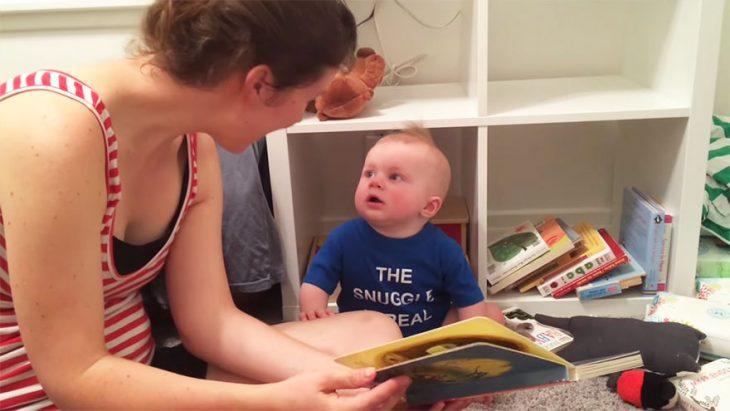 bebe llora cuando terminan de leerle cuentos