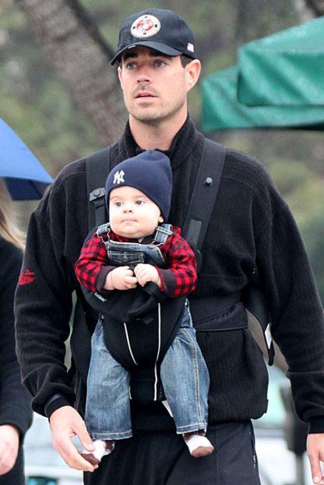 Carson Daly y su hijo de paseo