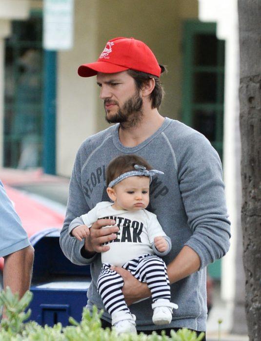 Ashton Kutcher y su hija