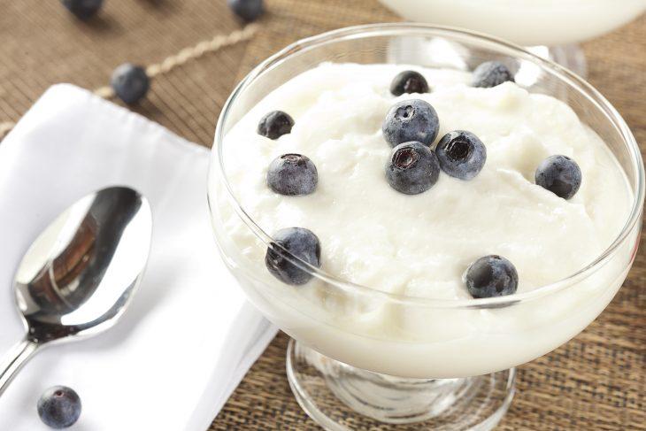 yogur griego con frutos