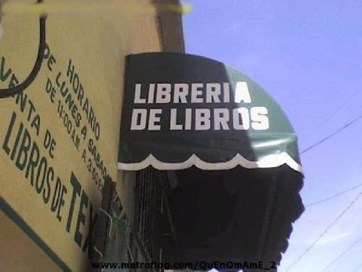letrero mal escrito librería de libros